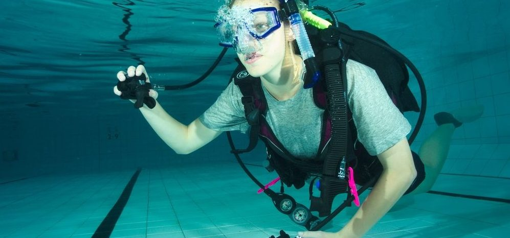 learn how to scuba dive - PADI Open Water Referral